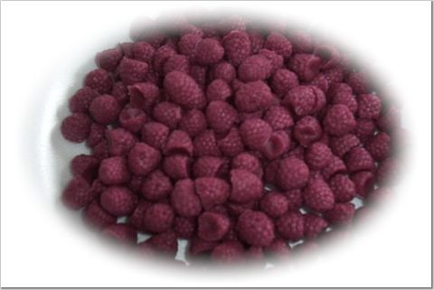 100 Mini Raspberries