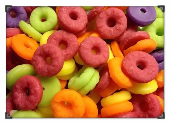60 Wax fruit loop/gummy rings/lifesaver embeds