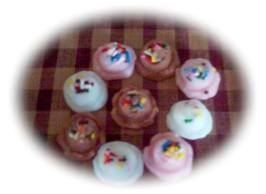 27 Mini Ice Cream Sprinkle Scoops