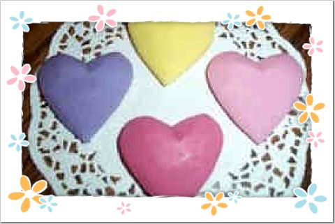 24 Pastel carved hearts