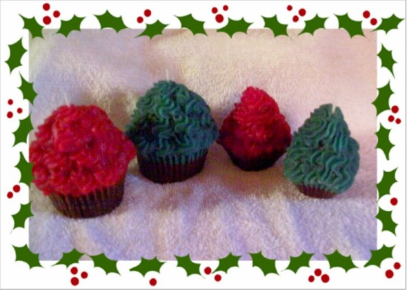 2 large Christmas cupcake votives
