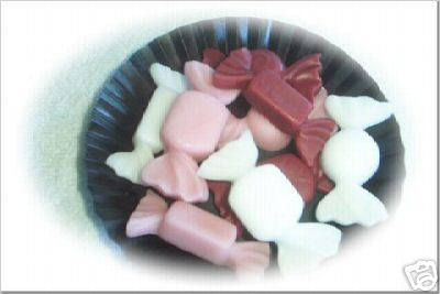 18 Large Valentine Candy