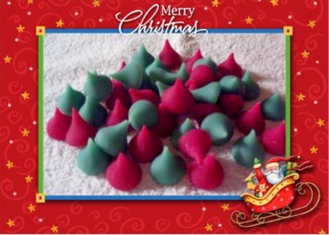 50 Christmas kiss's