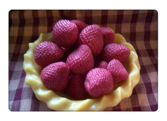 18 Medium Strawberries