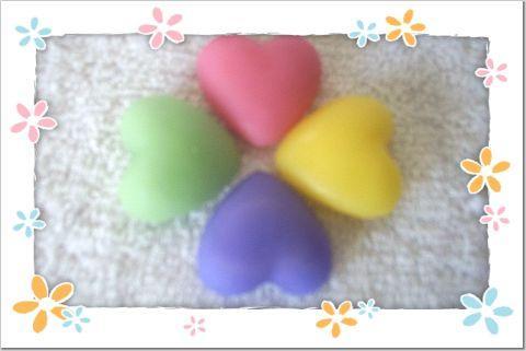 24 Pastel Hearts