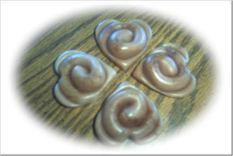 12 Prim swirl hearts